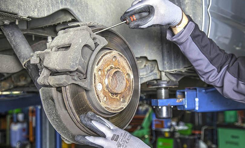 mechanika samochodowa - zdjęcie 01